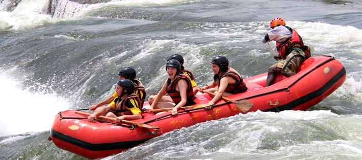 4 Days Murchison falls and White water Rafting Safari Tour
